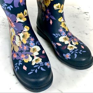 CHOOKA EUC Floral Rubber Rain Boots Size 10